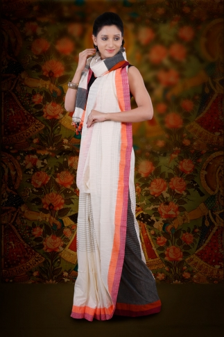 White Hand Woven Pure Cotton Saree Fabricated on Pure Cotton 1