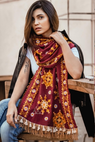 Scarf For This Winter Which Can Be Paired With Western Or Even Kurtas on Maroon Colour