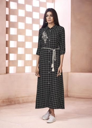 Designer Readymade Kurti In Black Color Fabricated On Weaving Cotton