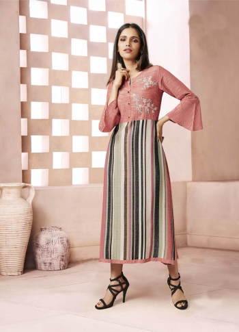 Yoke Patterned Readymade Kurti In Peach And Multi Color Fabricated On Weaving Cotton