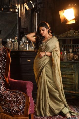 Light Olive Green Handwoven Pure Matka Silk Saree