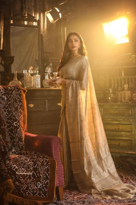 Beige Colour Bengal Handwoven Pure Matka Silk Saree 1