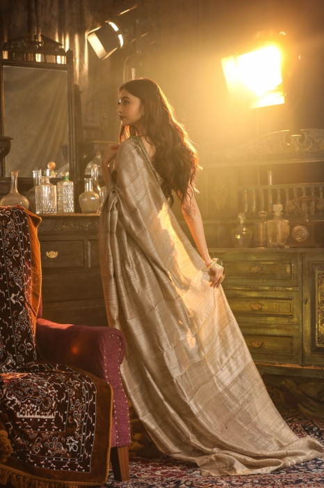 Beige Colour Bengal Handwoven Pure Matka Silk Saree 2