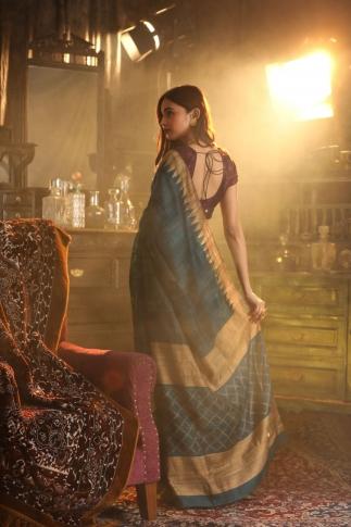 Peacock Blue Bengal Handwoven Pure Matka Silk Saree 2