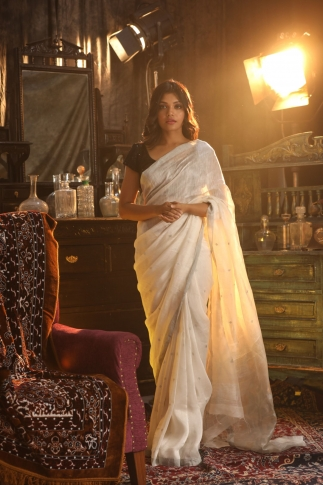 White Colour Fine Quality Pure Silk Linen Saree 1