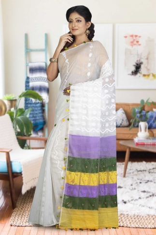 White Hand Woven Dhakai Jamdani saree without Blouse 1