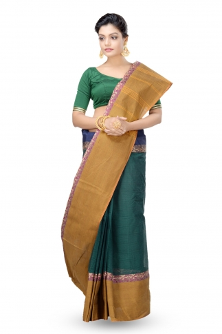 Bottle Green Colour Bengal Handwoven Tant Saree With Out Blouse