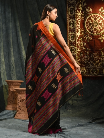 Black hand woven Cotton saree with duel border 1