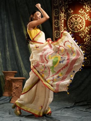 Cream hand woven Linen saree with Jamdani work in pallu
