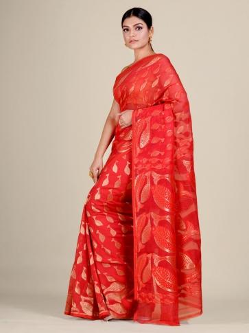 Red and Golden Silk Cotton handwoven soft Jamdani saree with fish motiff in pallu 0