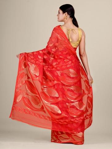 Red and Golden Silk Cotton handwoven soft Jamdani saree with fish motiff in pallu 2