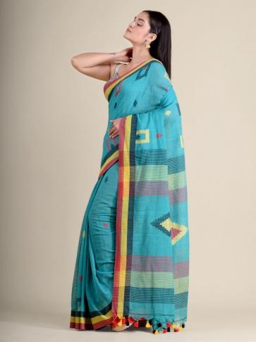 Green soft Cotton handwoven saree with geomatric design 2