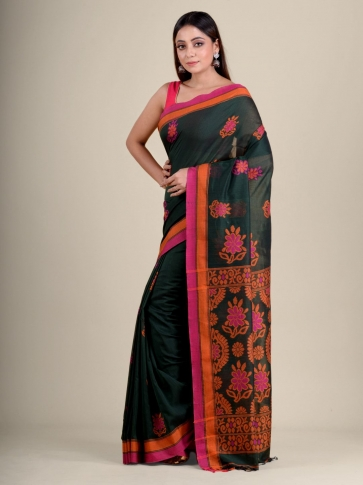 Green soft Cotton handwoven saree with floral design 2