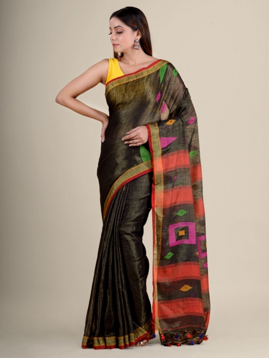 Green soft Cotton handwoven saree with temple border 2