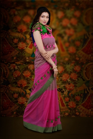 Pink And Green Color Bengal Hand Woven Saree With Plain Border 0