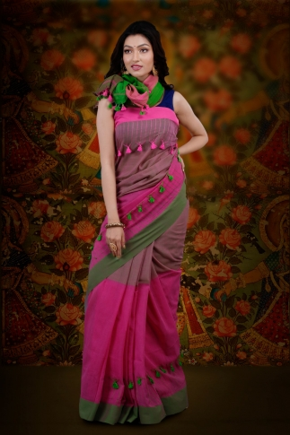 Pink And Green Color Bengal Hand Woven Saree With Plain Border