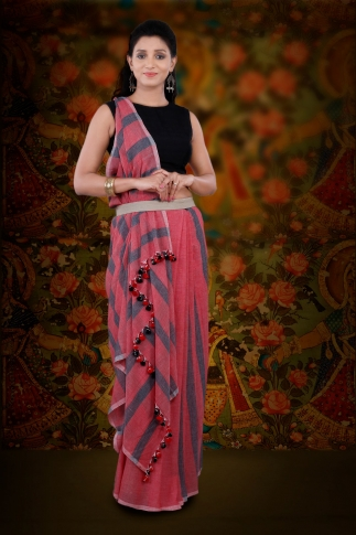 Red And Grey Hand Woven Pure Cotton Saree