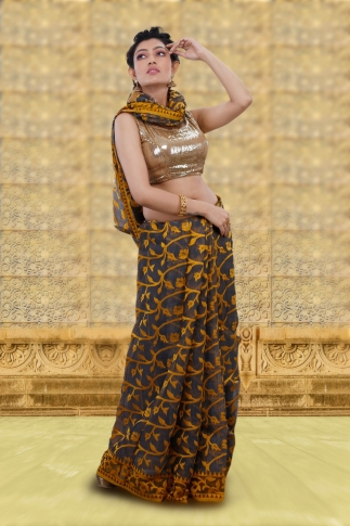 Grey Jamdani Saree With Woven Design 1