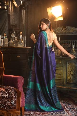 Blue Bengal Hand Woven Matka Silk Saree With Temple Border 2