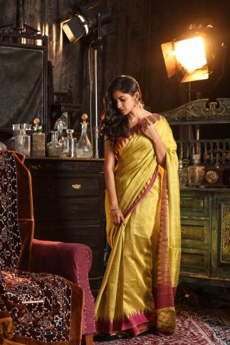 Pista Green Hand Woven Pure Matka Silk Saree