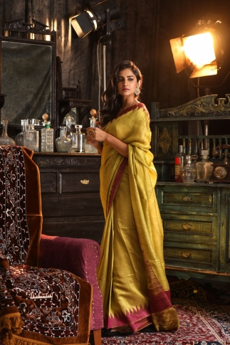 Pista Green Hand Woven Pure Matka Silk Saree 1