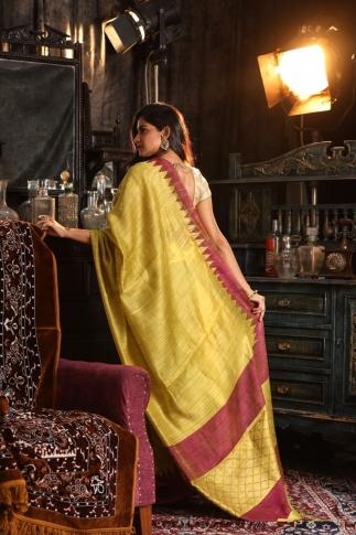 Pista Green Hand Woven Pure Matka Silk Saree 2