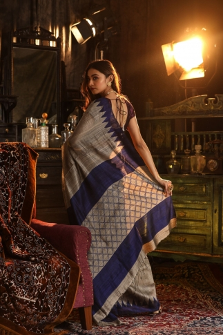 Grey and Blue Matka Silk Saree Fabricated on Pure Matka Silk 2