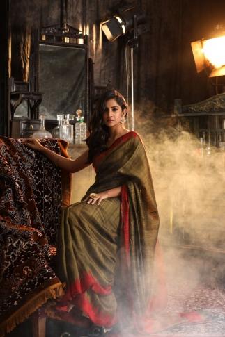 Dark Brown Hand Woven Pure Matka Silk Saree