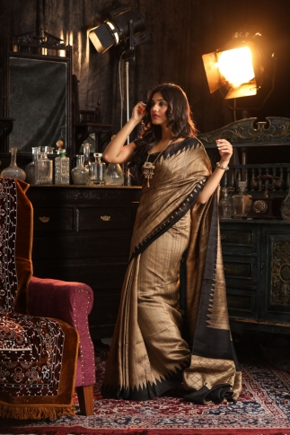 Dark Beige Hand Woven Pure Matka Silk Saree 1