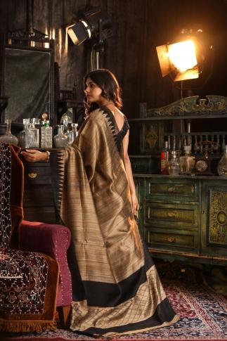 Dark Beige Hand Woven Pure Matka Silk Saree 2