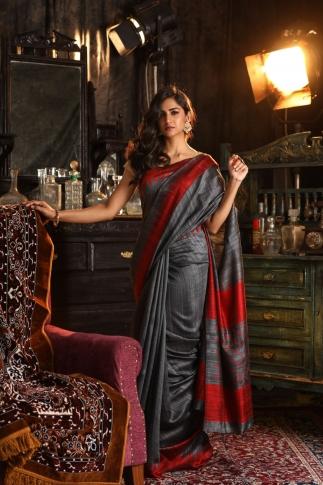 Grey Bengal Hand Woven Saree And Plain Border