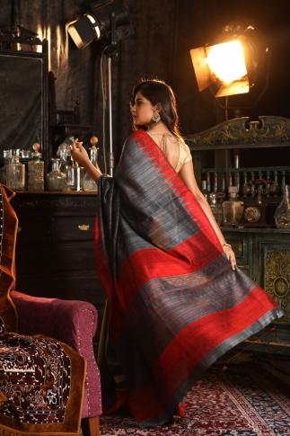 Grey Bengal Hand Woven Saree And Plain Border 2