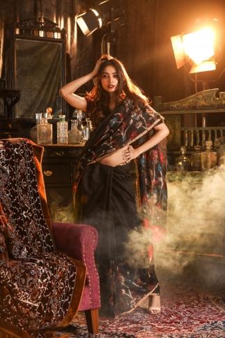 Black Pure Matka Silk Saree With Jamdani Work 1
