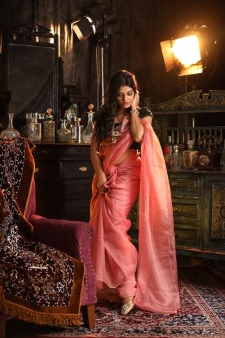 Peach Muslin Silk Saree With Zari Work Fabricated on Muslin Silk 1