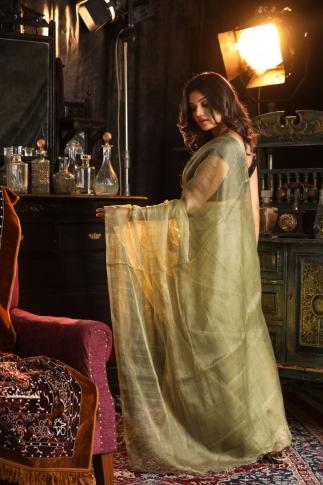 Beige Muslin Silk Saree With Zari Work Fabricated on Muslin Silk 2