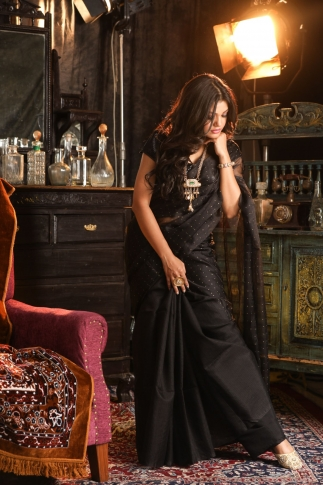 Black Muslin Silk Saree With Zari Work Fabricated on Muslin Silk 1