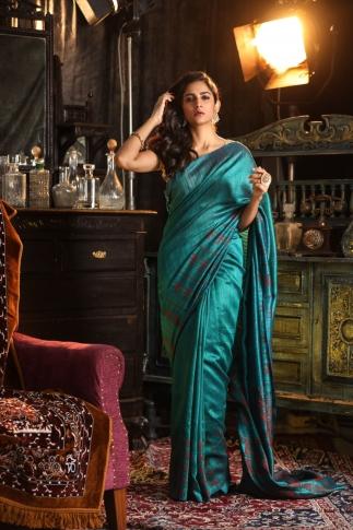 Teal Blue Matka Silk Saree With Zari Work Fabricated on Pure Matka Silk