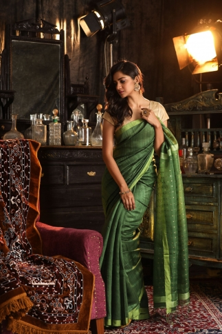 Green Bengal Hand Woven Saree With Sequin