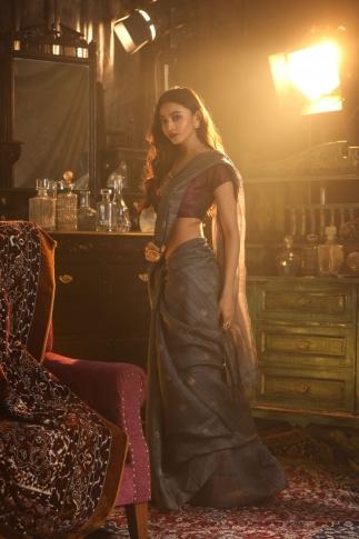 Dark Grey Matka Silk Saree With Zari Work Fabricated on Pure Matka Silk 1
