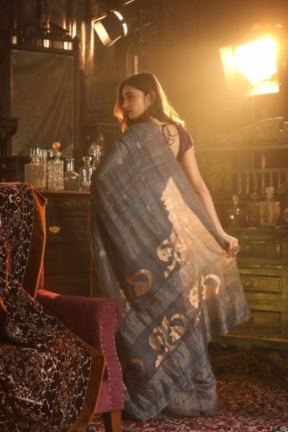 Dark Grey Matka Silk Saree With Zari Work Fabricated on Pure Matka Silk 2