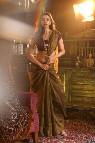Metalic Matka Silk Saree With Zari Work Fabricated on Pure Matka Silk