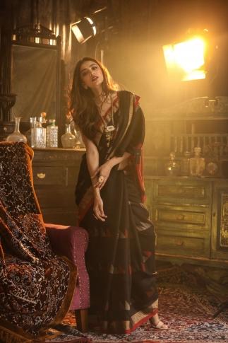 Black Bengal Hand Woven Saree With Plain Border 1