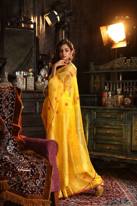 Bengal Hand Woven Yellow Pure Matka Silk Saree 1
