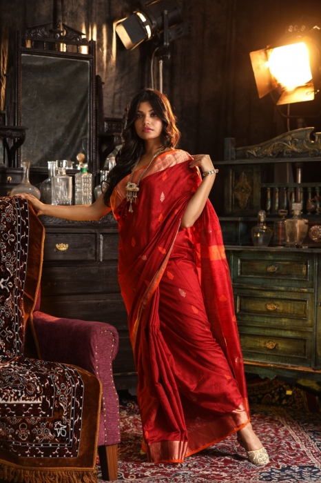 Bengal Hand Woven Red Hand woven Pure Matka Silk Saree 1