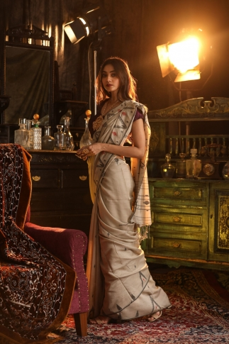 Off White Bengal Hand Woven Saree With Woven Design 1