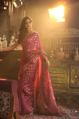 Pink Bengal Hand Woven Saree With Woven Zari Design