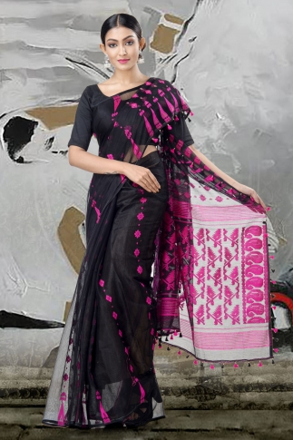 Black Jamdani Saree With Thread Weave 1
