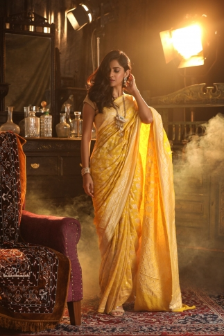 Yellow Colour Pure Silk Chiffon Saree With Floral Work