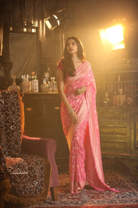 Pink Colour Pure Silk Chiffon Saree With Floral Work 0