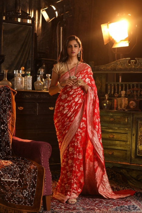 Red Pure Silk Chiffon Saree With Silver Zari Work